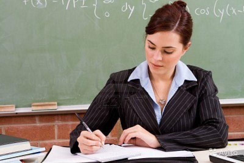 Україна перейде на контрактну форму роботи з учителями