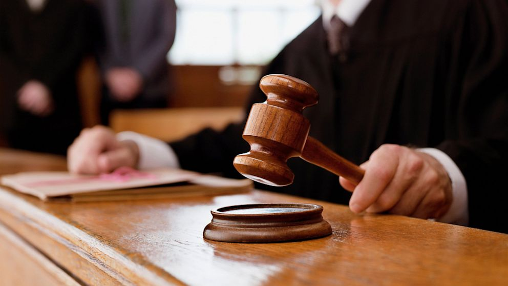 Суд ухвалив рішення розкомплектувати класи-комплекти